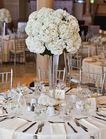 Lys-matit-Fleurs-Fleuriste-Pons-Mariages-bouquets-decoration